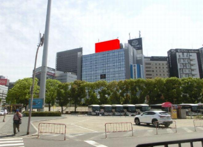 リクルート新大阪ビル 屋上広告塔