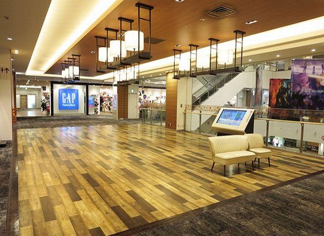 イオンモールKYOTO Sakura館2階吹き抜け横