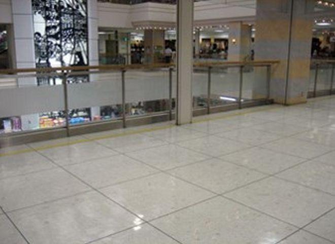 京都ファミリー 2階吹抜前スペース